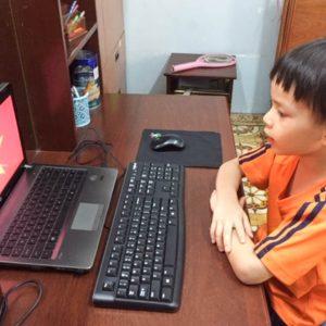 An toàn điện cho trẻ khi học trực tuyến